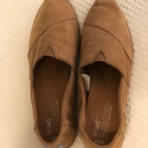 Toms tan suede women's size 8.5
